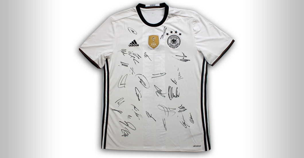 Football History World Cup Jersey Signed By The Champions