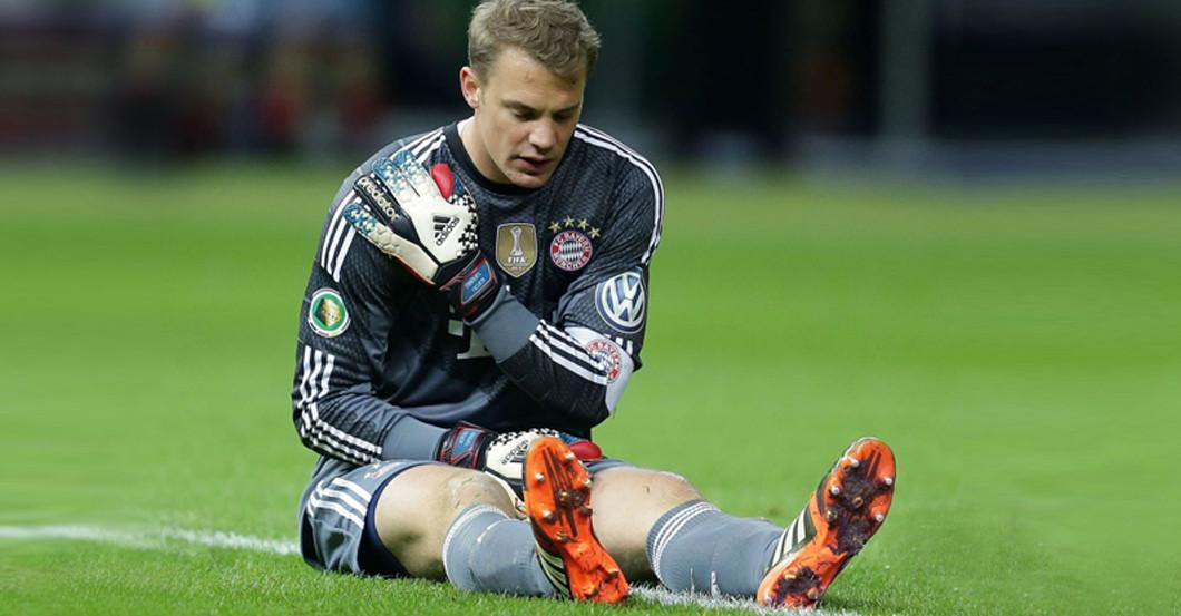 Von Manuel Neuer: Getragene Fußballschuhe der Nummer 1