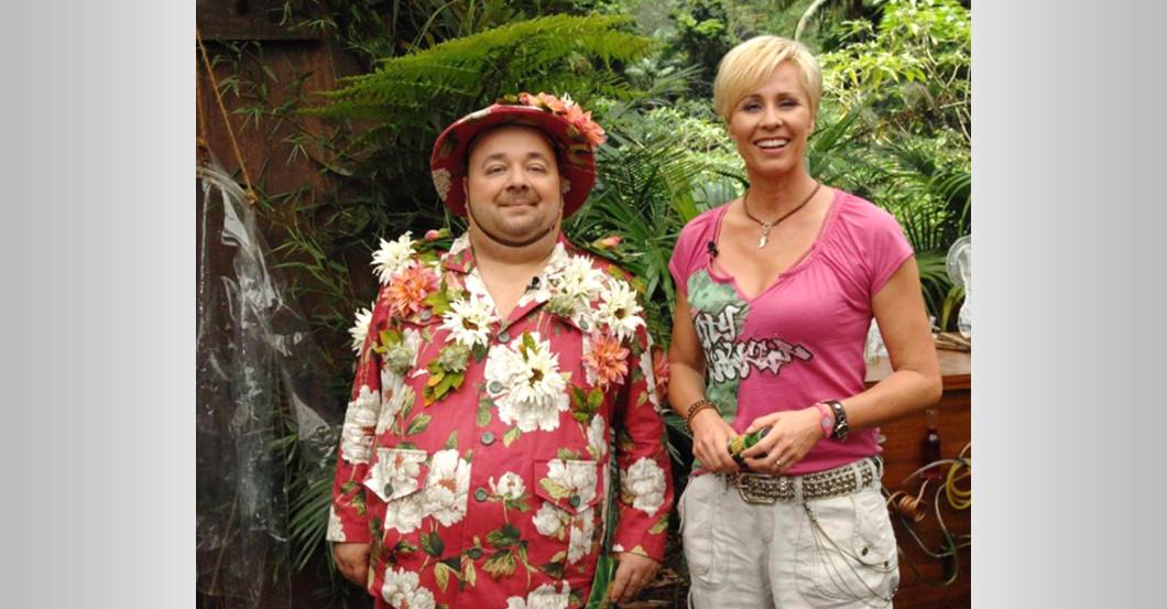 Sonja Zietlows Perlen Shirt Aus Dschungelcamp Mit Dirk Bach
